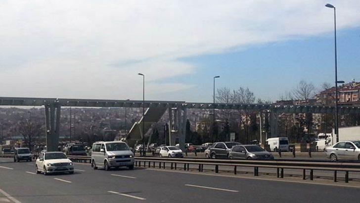 Halıcıoğlu metrobüs durağı yeniliki