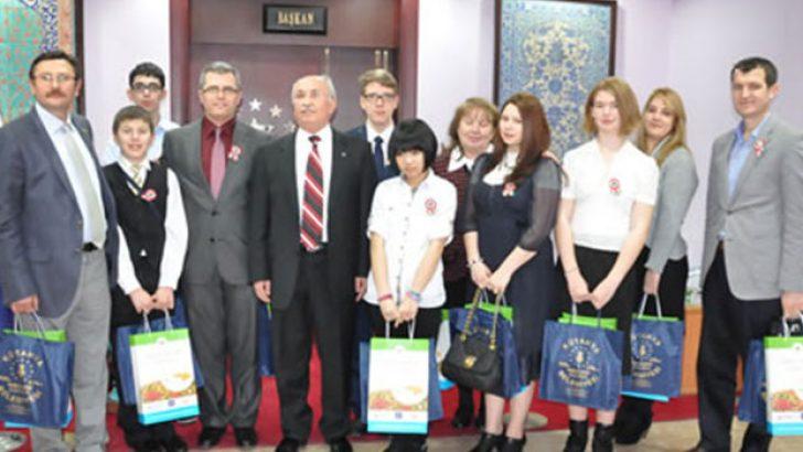 Macar-Türk kolejinden belediyeye ziyaret