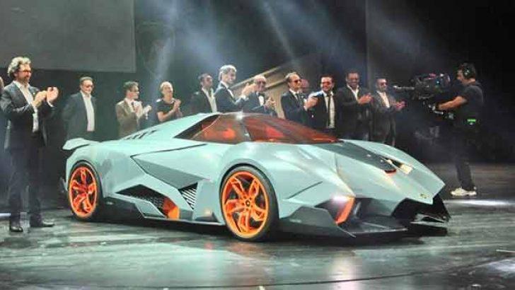 Yeni Lamborghini adeta uzay aracı