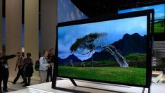 Dünyanın en büyük televizyonu satışa çıktı