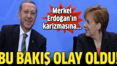 Merkel'in bakışı olay oldu