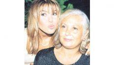 Erhan Çelik ile aşk yaşayan Gülben Ergen'in annesi huzurevinde!