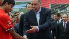 Başbakan Erdoğan'dan dövme eleştirisi!