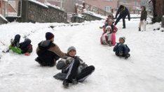 Balıkesir 9 Ocak cuma günü okullar tatil mi?