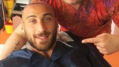 Cenk Tosun saç ektirme selfiesi!
