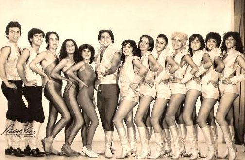 1980'li yıllarda ekranların en gözde dansçılarındandı Tolga Han.
