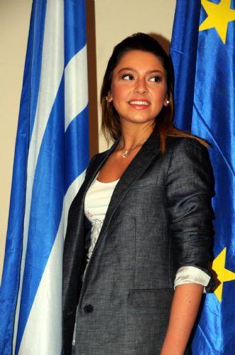 Hadise'nin çok özel fotoğrafları