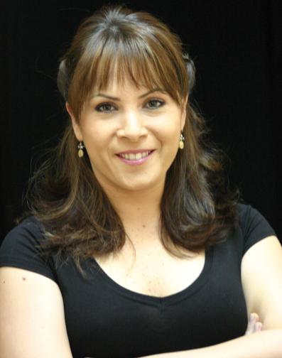 Aynı zamanda oyuncu Sevinç Erbulak'ın da yeğeni