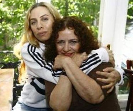 Casalini Deniz Türkali'nin kızı.