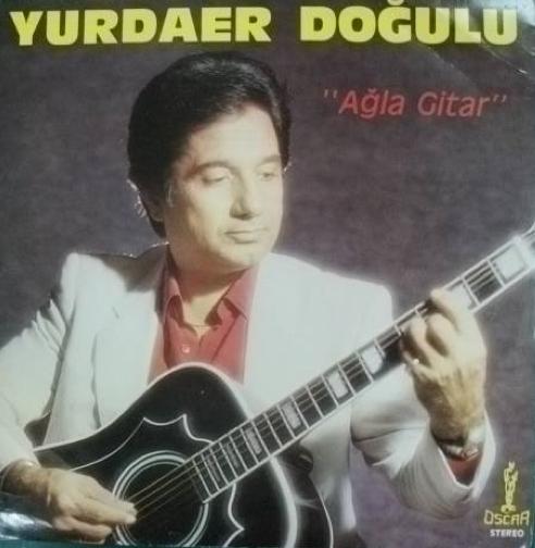 Ünlü müzisyen Yurdaer Doğulu'nun oğulları.