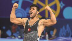 Milli güreşçimiz Arif Özen Dünya Şampiyonu oldu