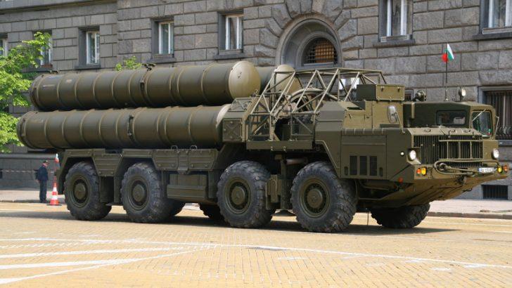 Rusya: Gerekli bölgelerde S-300'le Suriye hava sahası kapatılabilir