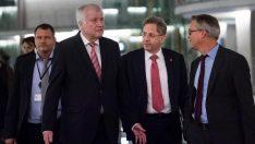 SPD: İç İstihbarat Başkanı Maassen görevden alınsın!