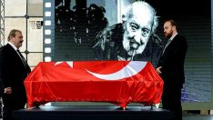 Usta fotoğrafçı Ara Güler, son yolculuğuna uğurlandı
