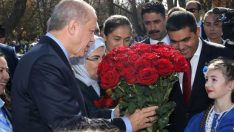 """Cumhurbaşkanı Erdoğan, """"16 Yıllık Hasretim"""" dediği Komrat'a gitti"""