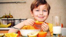 Doğru beslenme okul başarısını artırıyor, uzmanından sağlıklı beslenme önerileri