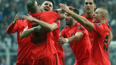 Beşiktaş, Çaykur Rizespor'u farklı mağlup etti