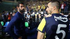 Fenerbahçeli futbolcular, taraftardan özür diledi