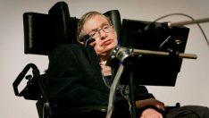 Stephen Hawking: İnsanüstü ırk insanlığın sonunu getirecek