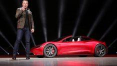Elon Musk Tesla'daki görevinden istifa etti!