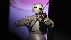 Robot teknolojisinde yeni dönem: İnsansı robot, 5G ile 10 km'den kontrol edilebiliyor!