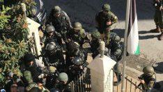 İsrail askerleri Kudüs Valiliği'ne baskın düzenledi