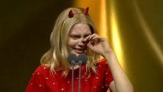 Aleyna Tilki Altın Kelebek'te ağladı, Cem Yılmaz böyle baktı!