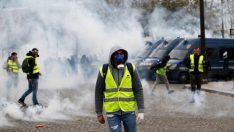 Fransa'da gerilim tırmanıyor! Sokaklar savaş alanına döndü