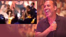 Haluk Levent konserinde yaşlı kadın sahneye fırlayarak dans etti