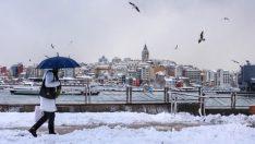 İstanbul'da beklenen kar yağışı başladı (İstanbul 5 günlük haritalı hava durumu)