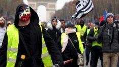 Sarı Yelekliler yeniden Fransa sokalarında