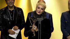 Sıla Altın Kelebek'te onur ödülü aldı, açıklaması olay oldu!