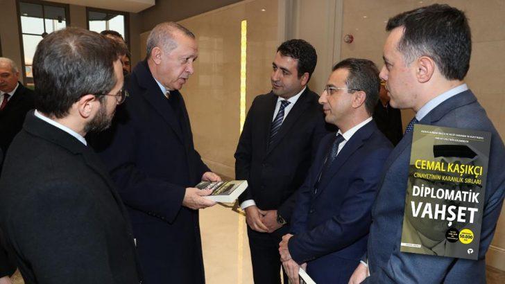 Cumhurbaşkanı Erdoğan'dan Diplomatik Vahşet kitabına övgü!