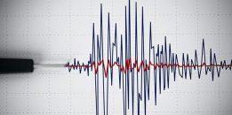 İstanbul'da deprem oldu! Kandilli Rasathanesi İstanbul'da depremin büyüklüğünü açıkladı