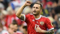 Başakşehir, Fyodor Kudryashov'u renklerine kattı! Başakşehir'in yeni defans oyuncusu Kudryashov kimdir?