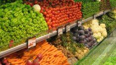 Marketlerde sebze meyve fiyatları geriledi!