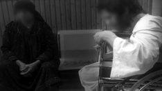 Oğlunu 10 yıl boyunca karanlık odaya hapsetti! Vicdansız anneyi inleme sesleri ele verdi