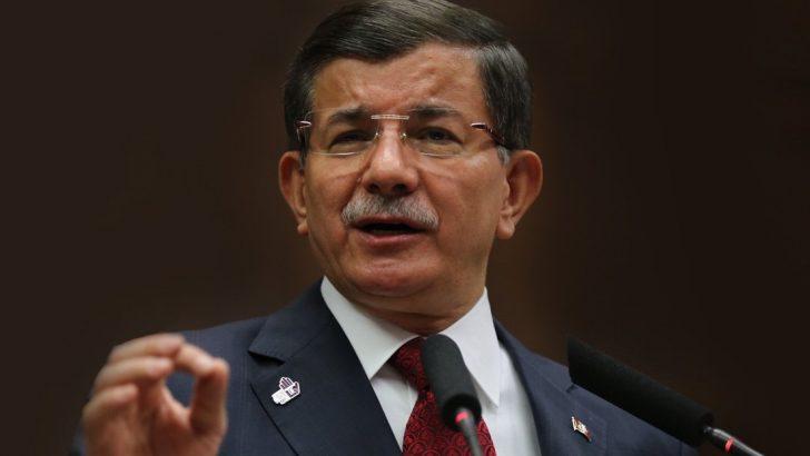Parti kuracağı konuşulan Davutoğlu'ndan kulisleri hareketlendiren açıklama!