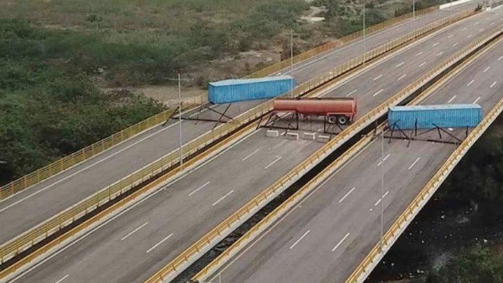 Venezuela yardım geçecek yolları barikatlarla kapattı!