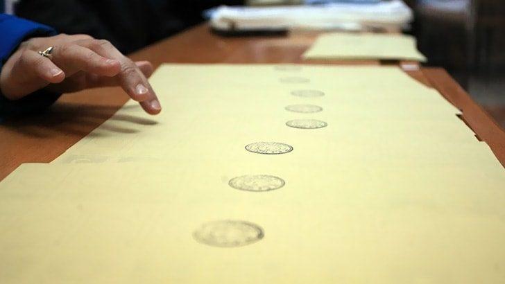 Maltepe'de oy sayımı durdu!