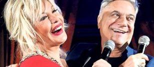 """Mehmet Ali Erbil, sahnede """"merhaba"""" deyince alkış tufanı koptu!"""