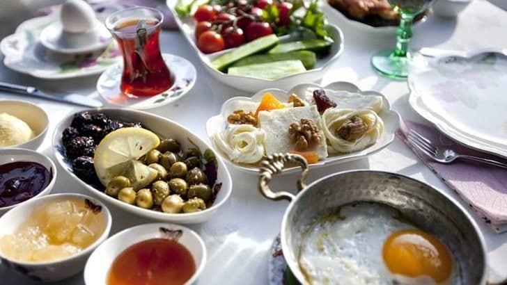 Canan Karatay açıkladı! İşte Ramazan'da tok tutan 9 besin