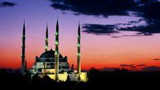 Kadir Gecesi, bu sene hangi güne denk geliyor? Kadir Gecesi'nin İslamiyetteki yeri nedir? İşte Kadir Gecesi ibadetleri ve duaları…