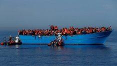 Tunus açıklarında sığınmacıları taşıyan tekne battı: En az 50 ölü