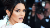 Kendall Jenner'ın Mert Alaş'ın objektifinden çıplak fotoğrafı olay oldu!