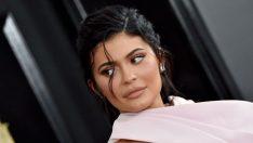 Kylie Jenner'ın çıplak pozuna Derin Talu'dan beğeni!