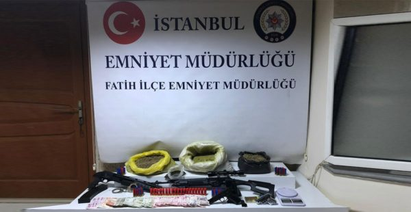 İstanbul Emniyeti uyuşturucuya geçit vermedi!