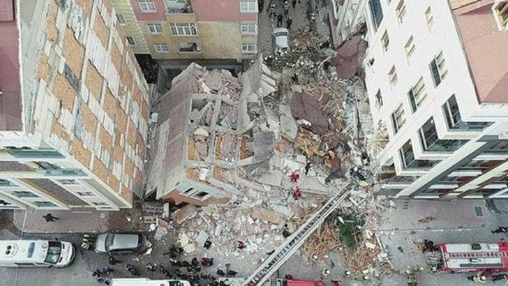 İstanbul Bahçelievler'de 7 katlı bina çöktü!