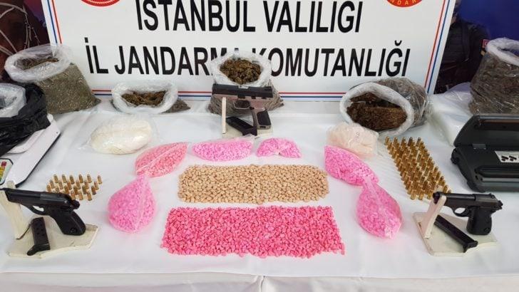 İstanbul'da öğrencileri hedef alan uyuşturucu taciri yakalandı!