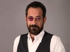 Ünlü şarkıcı Feridun Düzağaç sözlük yazarını affetmedi